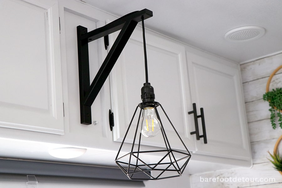 Farmhouse industrial light fixture