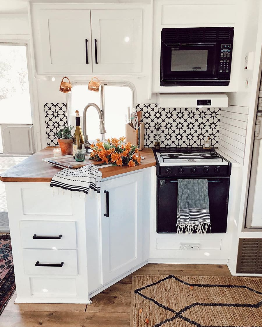 RV Remodels: 15 of the most beautifully renovated RVs
