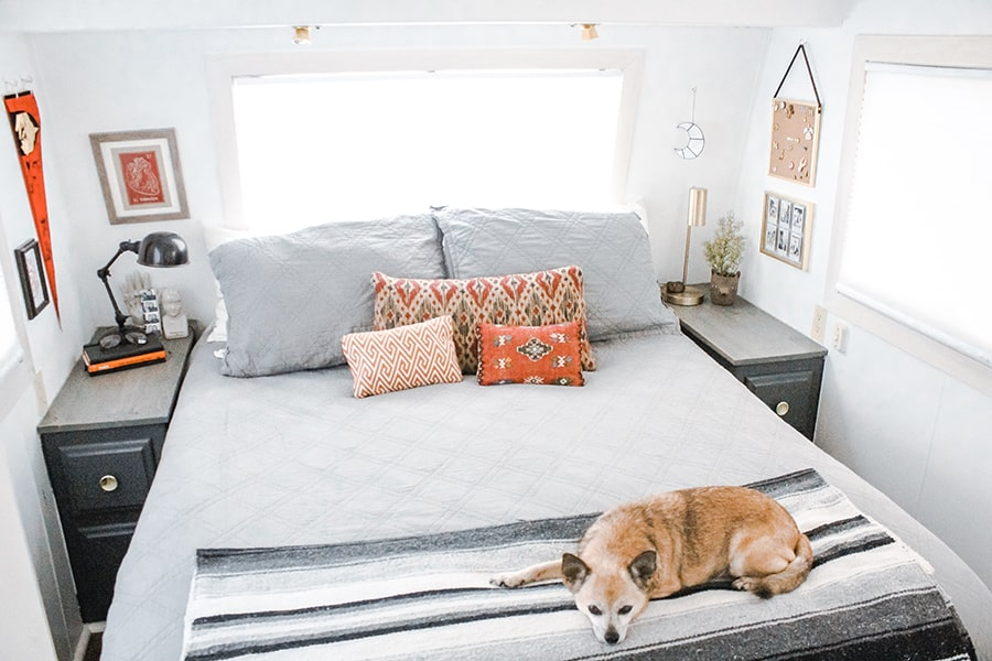 rv bed with chuguagua