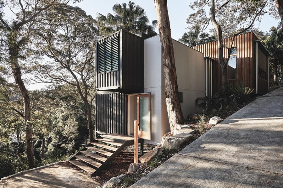 container home black