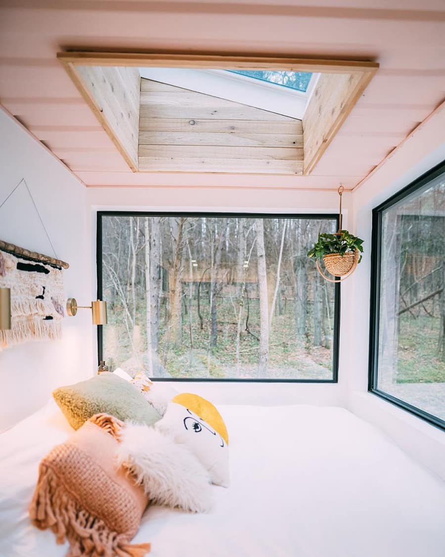 container-bedroom