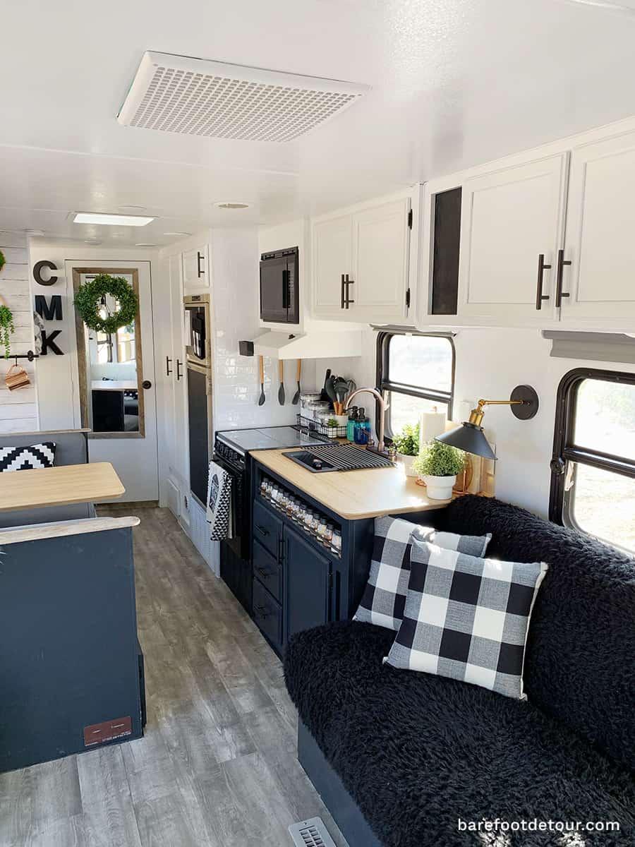 camper remodel living room