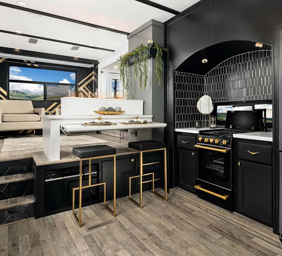 modern rv fifth wheel